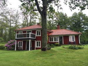 We are not staying in the farmhouse, but rather in this delightful guesthouse on the property