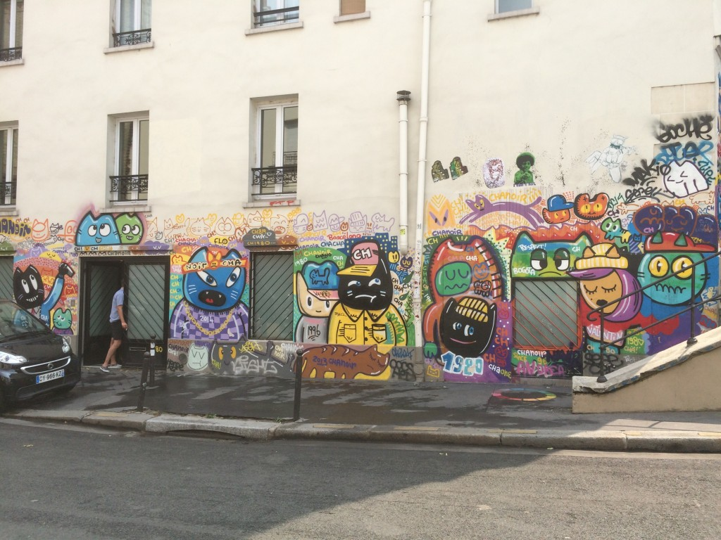 Paris street art cats