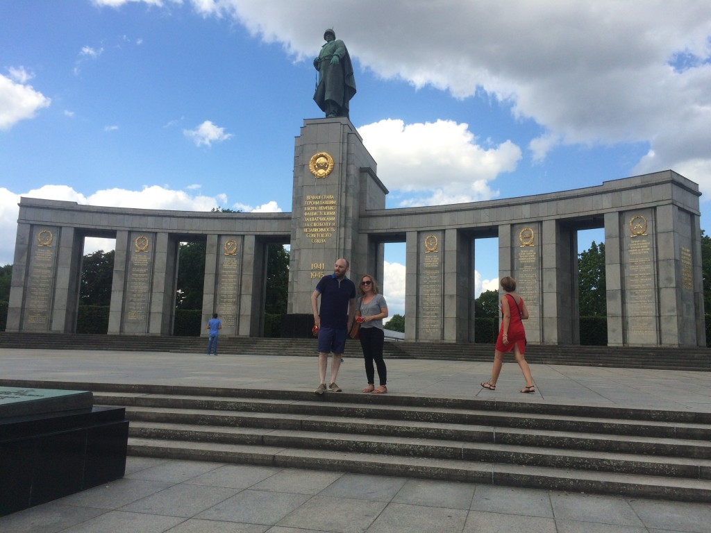 soviet war memorial at tiergarten berlin