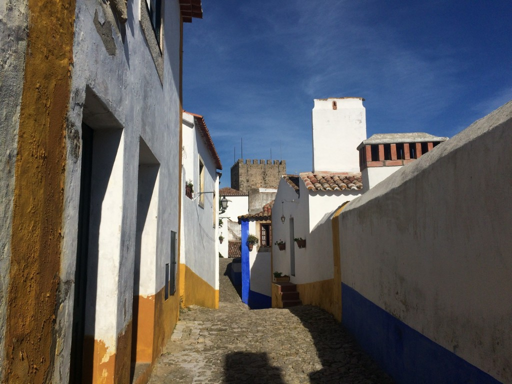 Cute and quiet backstreets in Óbidos