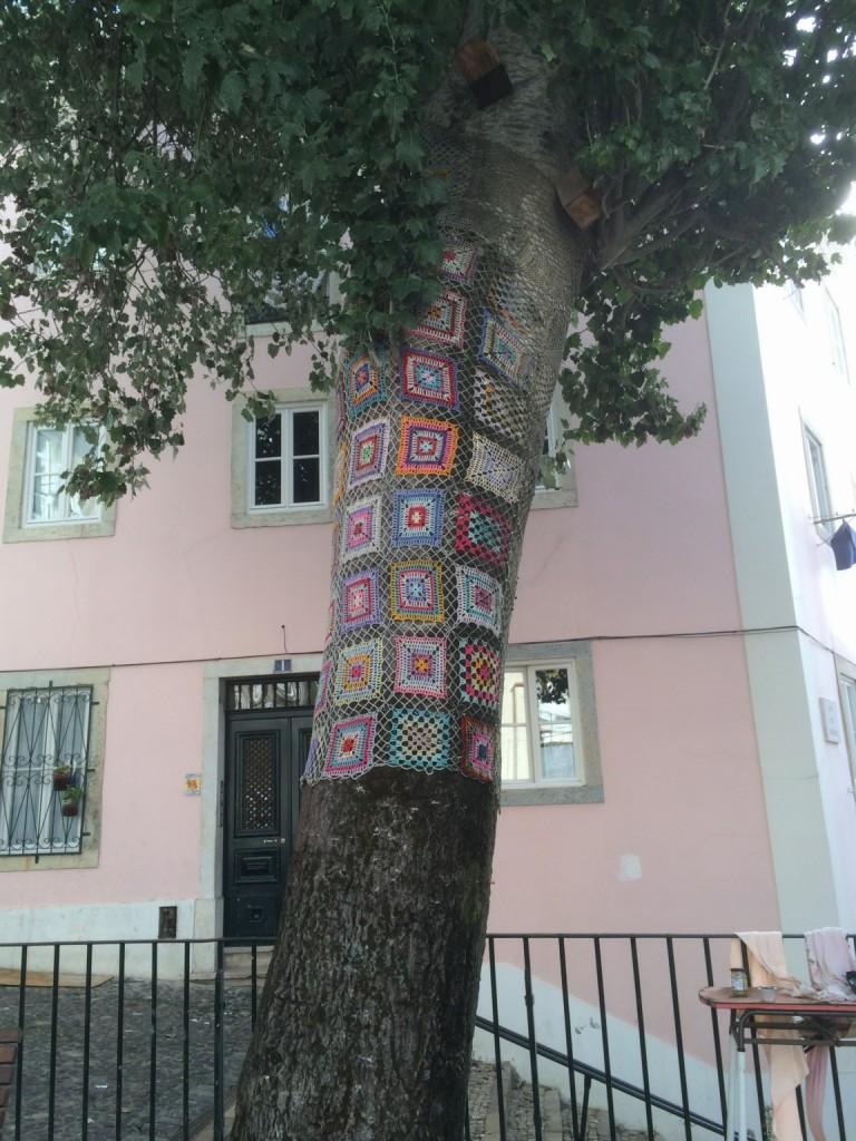 yarn_bomb_lisbon